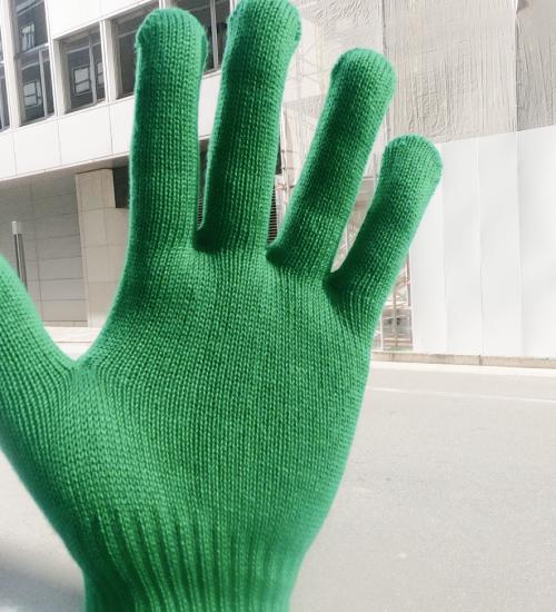OSAKA HIGH FIVE!の緑手袋